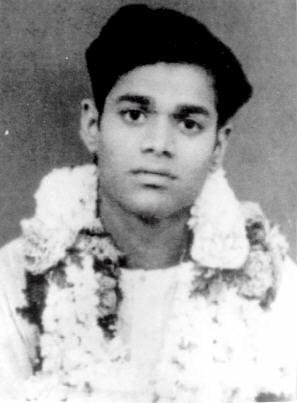 giovane Sathya Sai baba