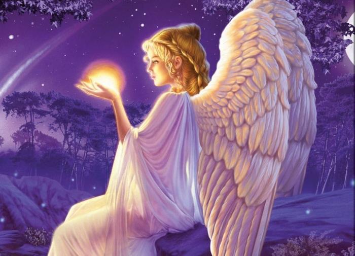 angelo con la luce in mano